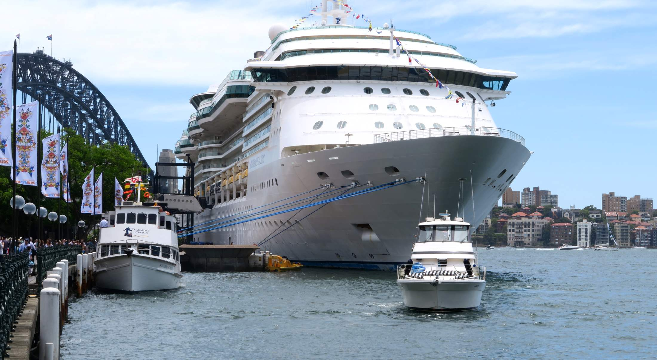 Coastwide Airport Transfers Sydney Cruise Ship Transfers, Central Station Transfers Sydney City Airport & Hotel Transport